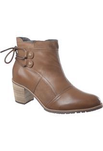 Ankle Boot Em Couro Amêndoa Com Detalhe Cadarço Atrás