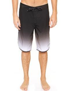 Bermuda Água Calvin Klein Jeans Estampada Preta