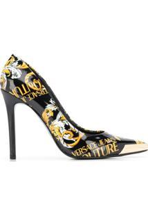 Versace Jeans Couture Scarpin Com Salto Agulha E Estampa Barroca - Preto