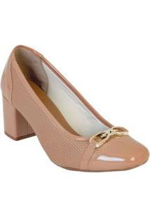 Sapato Nude Com Bico Quadrado E Detalhe Dourado