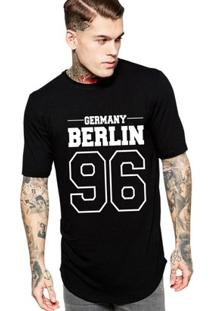 Camiseta Criativa Urbana Long Line Oversized Germany Berlin - Masculino-Preto