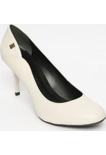 c46d1f4b15 Privalia. Sapato Publish Feminino Com Salto Bico Arredondado Off White ...