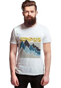 Camiseta Manga Curta Joss Montanha Masculina - Masculino-Branco