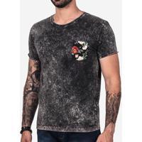 6cb7d1f8dc Camiseta Preta Marmorizada Bolso Floral 101997