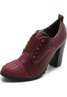 Ankle Boot Cravo & Canela Tachas Vinho