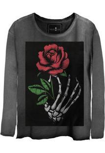Camiseta Feminina Estonada Gola Canoa Manga Longa Skull Flowers