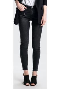 d74533340 Dzarm Web Store. Calça Jeans Em Algodão Com Cintura Média Alta Com  Aplicações