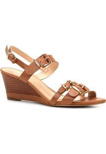 Sandália Anabela Couro Shoestock Fivelas Feminina - Feminino-Caramelo