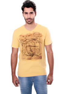 Camiseta Convicto Estampada Mostarda
