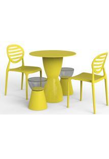 Conjunto De Mesa Com 2 Cadeiras E 2 Bancos | Banquetas Lounge Ii Amarelo