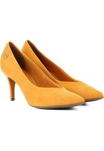 Scarpin Couro Bottero Salto Médio Decote V Nobuck - Feminino-Amarelo