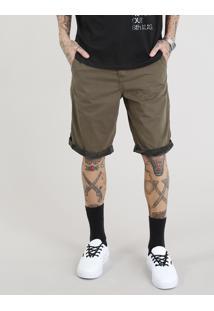 Bermuda Masculina Texturizada Com Barra Camuflada Verde Militar