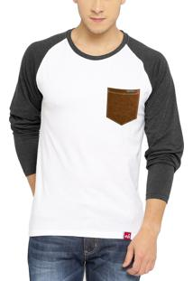 Camiseta Manga Longa Wevans Bolso Aplique Couro Branca