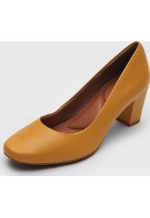 Scarpin Usaflex Salto Grosso Amarelo - Amarelo - Feminino - Couro - Dafiti