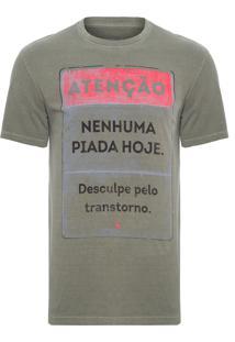 Camiseta Masculina Estampada Nenhuma Piada - Verde