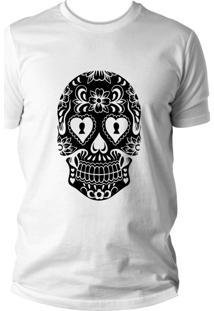 Camiseta Criativa Urbana Caveira Mexicana Cartas Branco