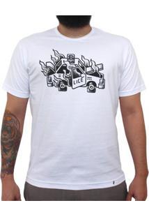Carro Em Flamas - Camiseta Clássica Masculina