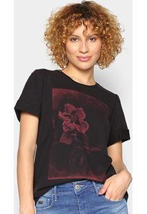 Camiseta Forum Flores Feminina - Feminino-Preto