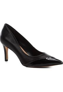 Scarpin Couro Shoestock Salto Médio Verniz - Feminino-Preto