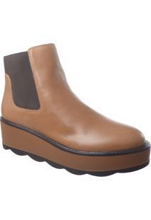 Ankle Boot Em Couro Camel Com Solado Tratorado