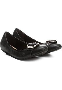 Sapatilha Couro Shoestock Fivela Tachas Feminina - Feminino-Preto