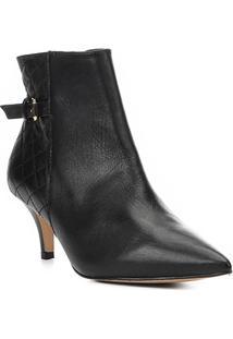 Bota Cano Curto Shoestock Kitten Heel Matelassê Feminina - Feminino-Preto