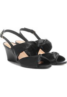Sandália Anabela Couro Shoestock Drapeado Feminina - Feminino-Preto