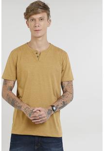 Camiseta Masculina Básica Com Botões Manga Curta Gola Careca Caramelo