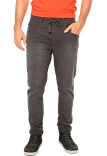 Calça Jeans Triton Recortes Preta