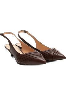 Scarpin Shoestock Salto Baixo Fivela - Feminino-Café
