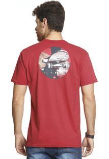 Camiseta Vlcs Logotipia Diferenciada Vermelha