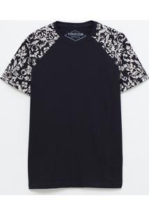 Camiseta Manga Raglan Com Arabescos