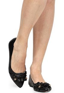 Sapatilha Couro Shoestock Babados Feminina - Feminino-Preto