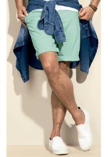 Bermuda Masculina Na Modelagem Chino Em Algodão